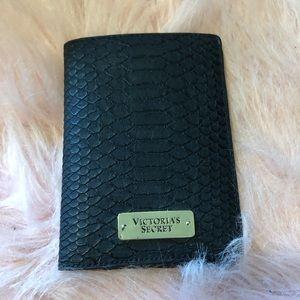 Victoria's Secret small Wallet